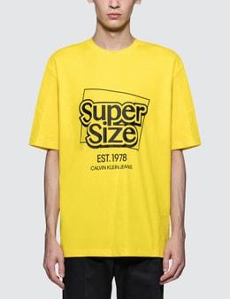 CALVIN KLEIN JEANS EST.1978 Super Size Print S/S T-Shirt