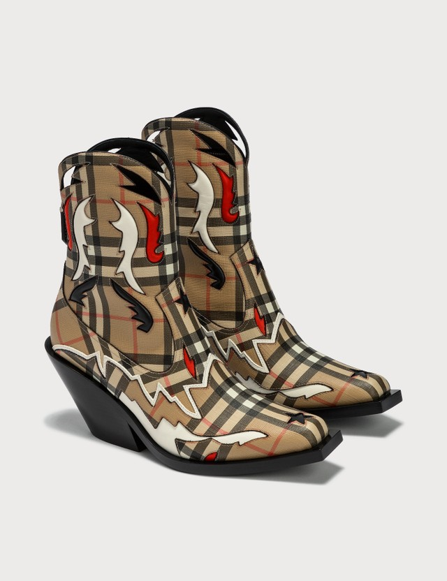 Burberry Topstitch Appliqué Vintage Check E-canvas Boots