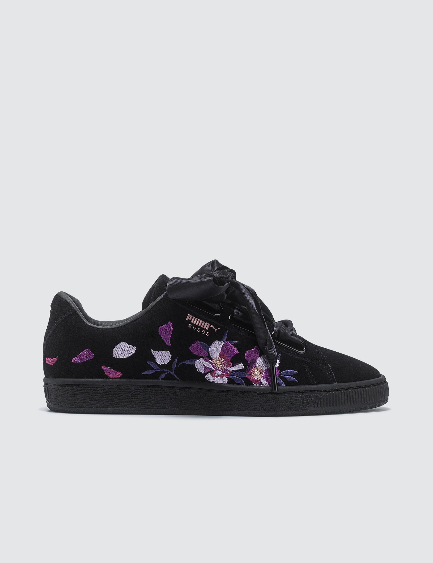 Suede Heart Flowery Wns