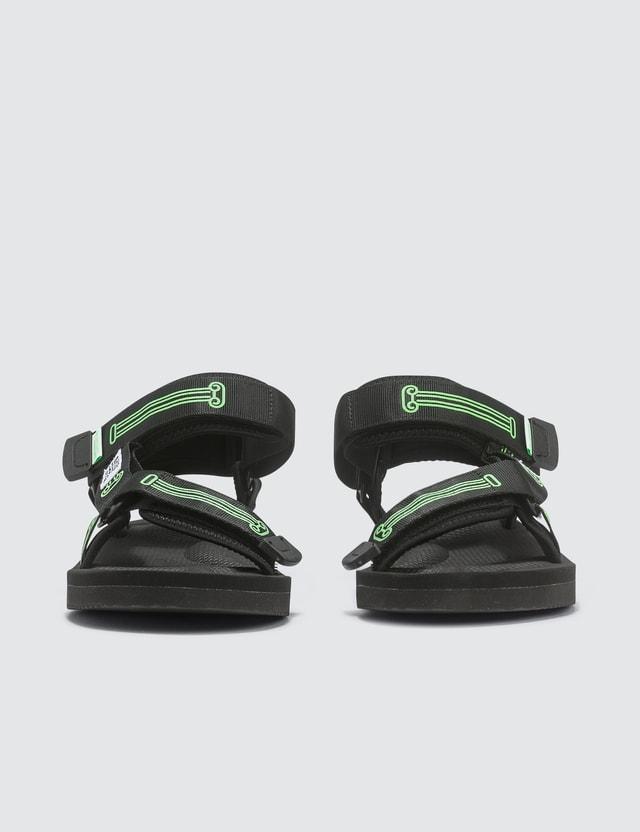 Suicoke Aries X Suicoke DEPA-CABARI-A Sandals Black Women