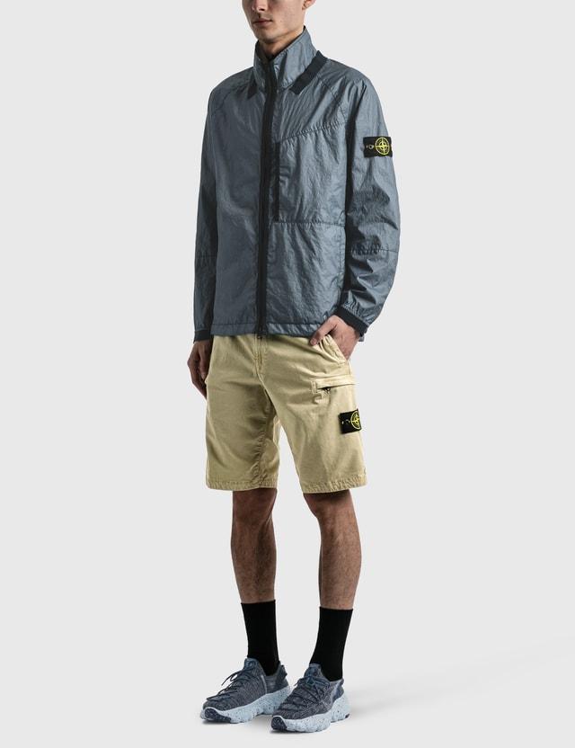 Stone Island Compass Logo Patch Pockets Shorts Sand Men