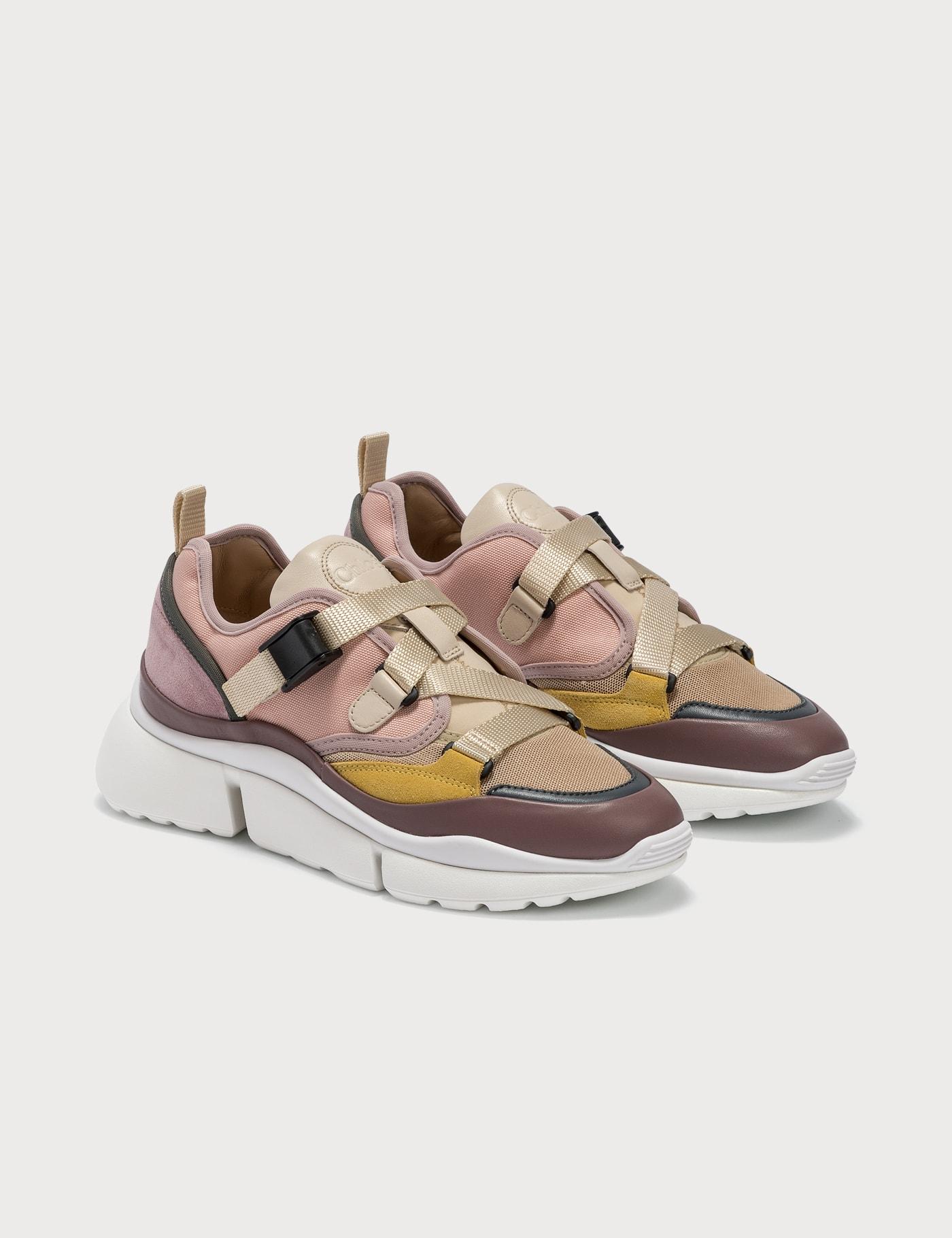 Sonnie Low Top Sneaker