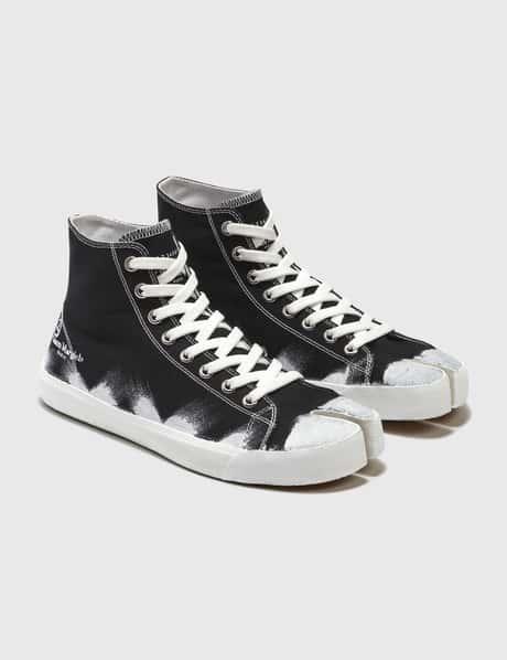 메종 마르지엘라 Maison Margiela Tabi Paint Sneakers