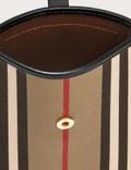 Burberry 아이콘 스트라이프 E-캔버스 스트랩 폰케이스