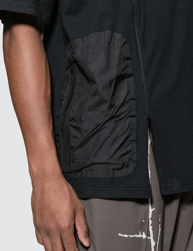 Oakley by Samuel Ross Zip Detail S/S T-Shirt