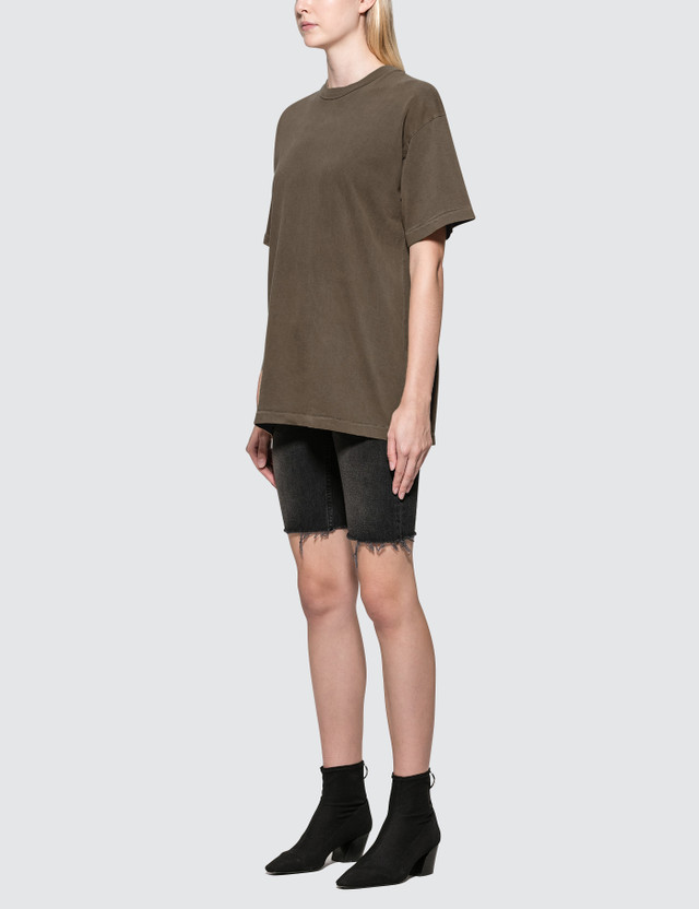 Yeezy Cut-off Long Short