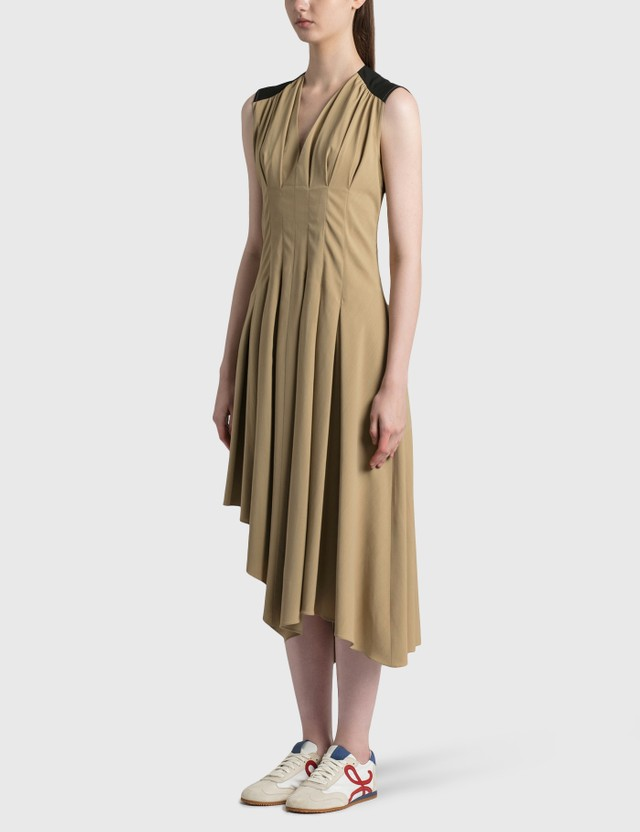 Loewe Sleeveless Pleated Dress Taupe/black Women