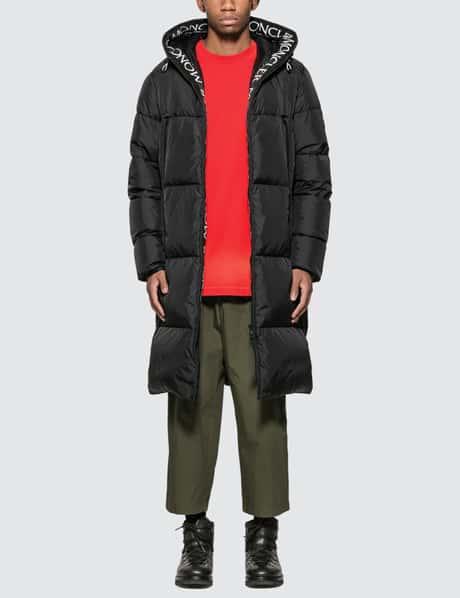 몽클레어 Moncler Down Coat with Logo Hood