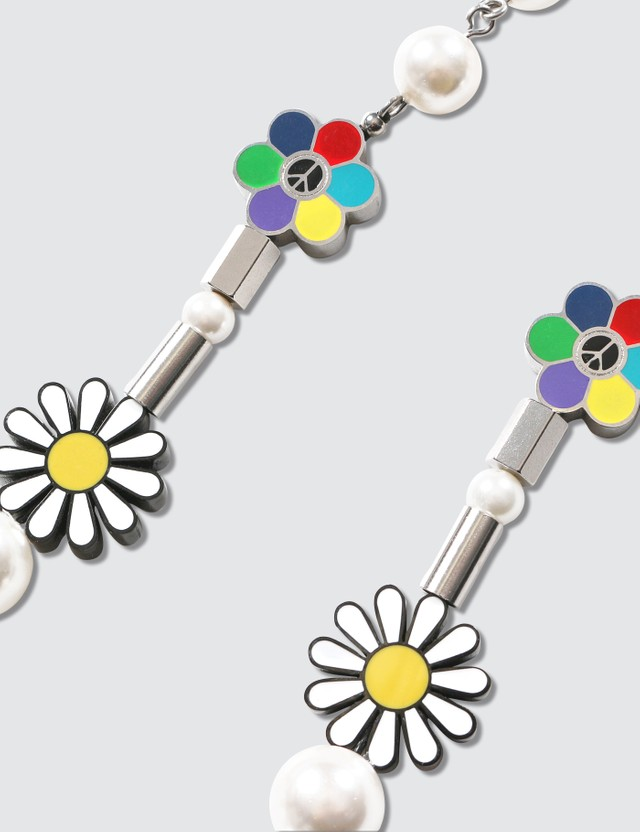 Salute Flower Anarchy Necklace