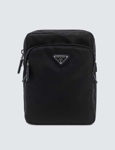 프라다 Prada Nylon And Leather Trim Vertical Washbag