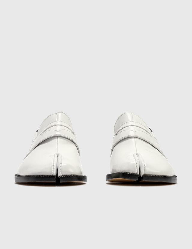 Maison Margiela Tabi Leather Loafers White/black Women