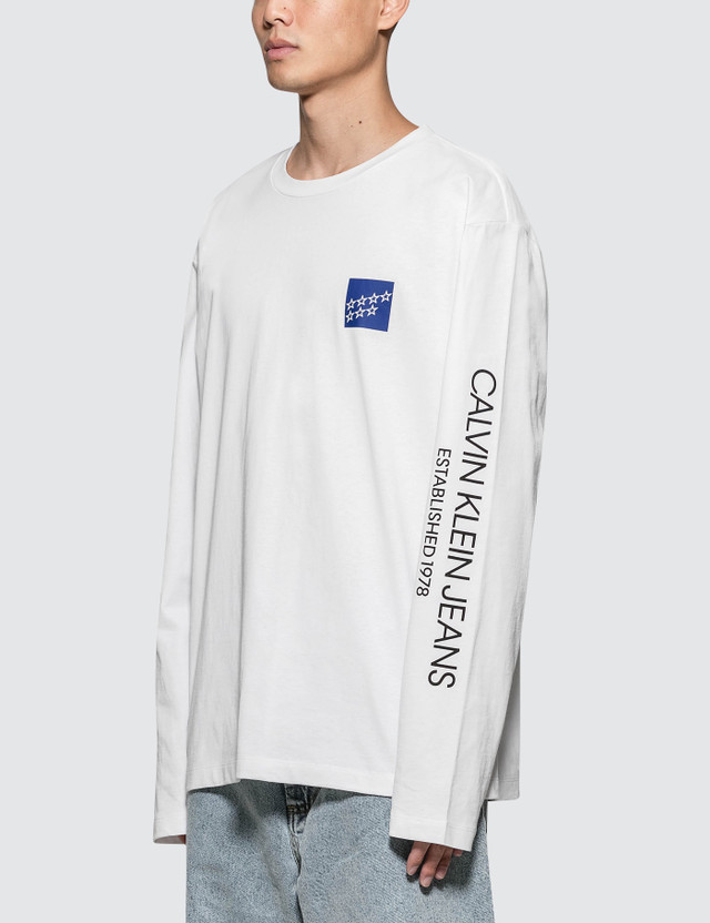 CALVIN KLEIN JEANS EST.1978 Modernist Stars Logo L/S T-Shirt