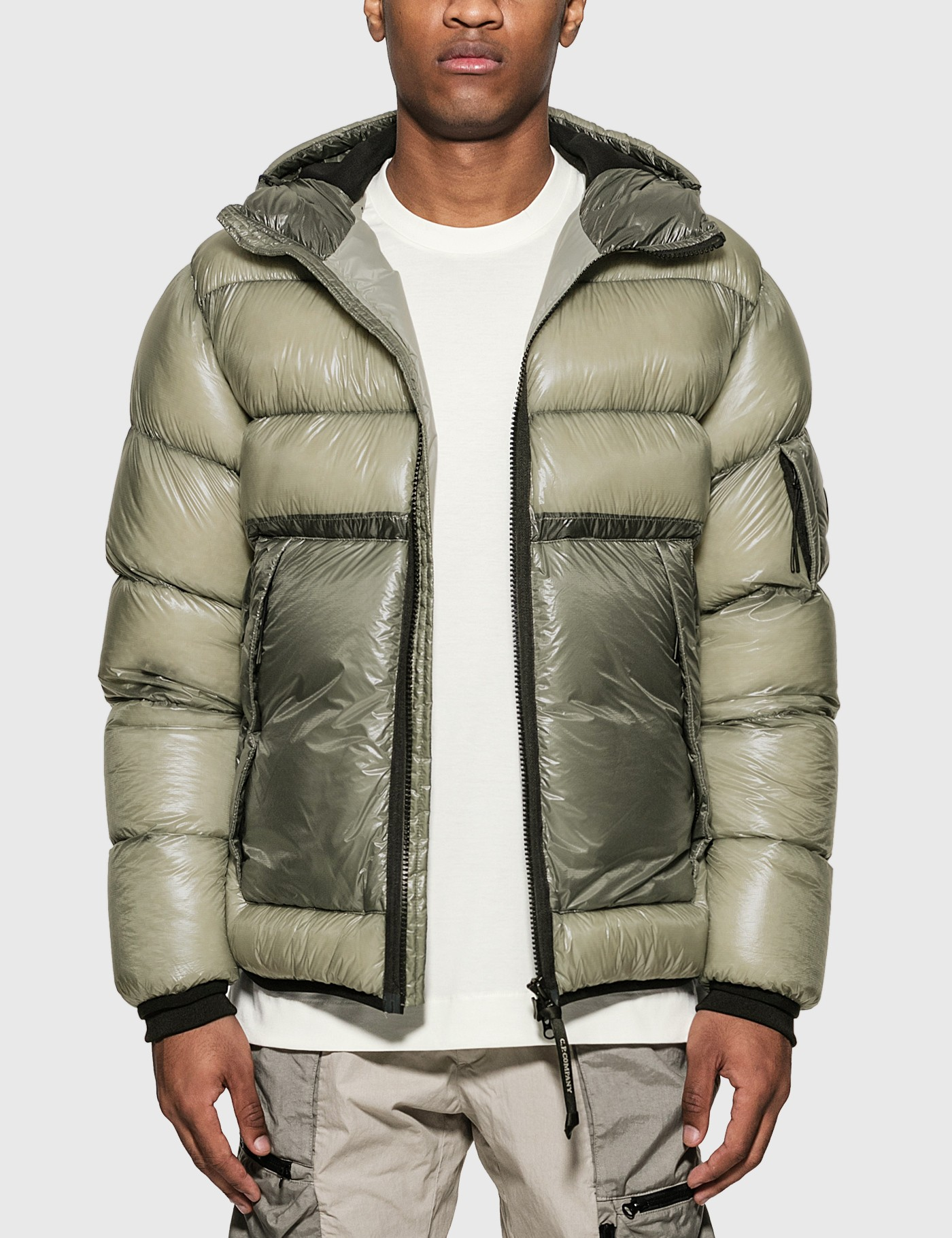 C.p. Company ARM LENS QUILTED DOWN JACKET
