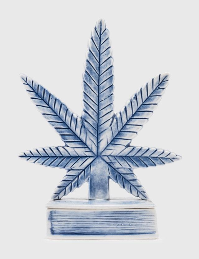 Yeenjoy Studio Cannabis Leaf Incense Burner Blue Unisex