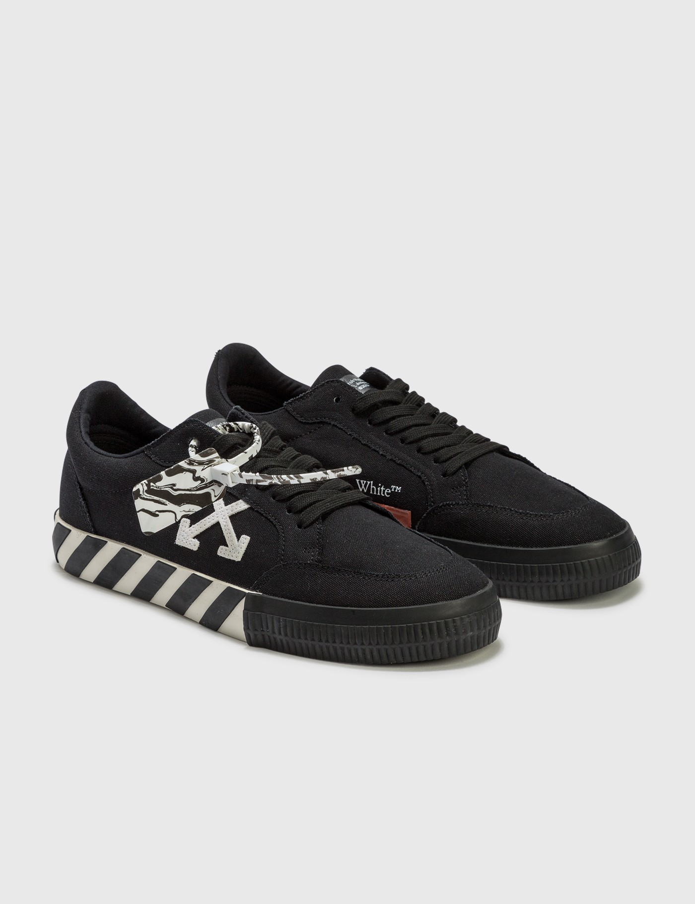 Low Vulcanized Canvas Sneakers
