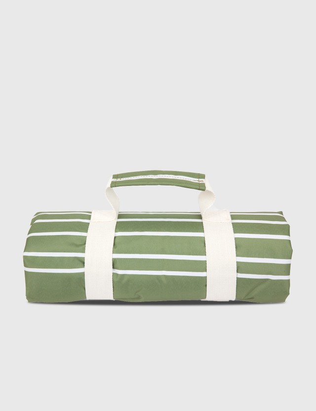 Sunnylife Wash Me Beach & Picnic Blanket – Olive/Neon Pomelo Green Life