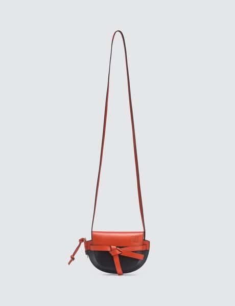로에베 게이트백 미니, 컬러 블록 - 버밀리언 블랙 LOEWE Mini Gate Color Block Bag