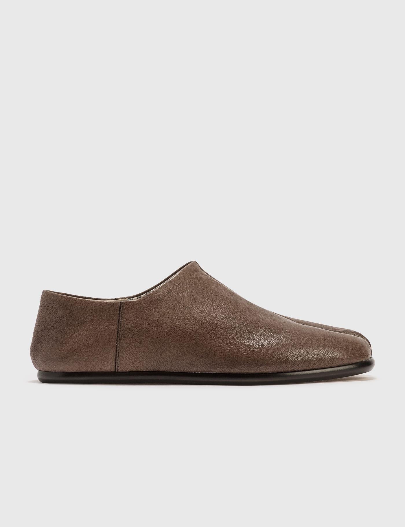 Slip-on Tabi Shoes