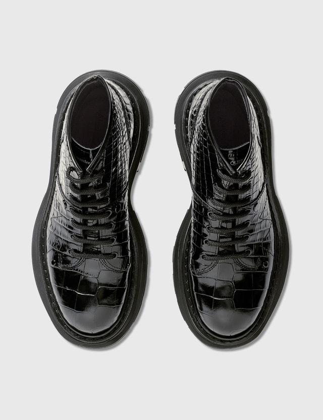 Alexander McQueen Tread Lace-Up Boot