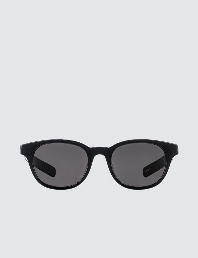 FLATLIST Logic with Solid Black Lens