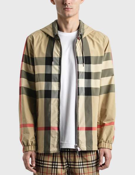 버버리 Burberry Reversible Check Recycled Polyester and ECONYLu00ae Jacket