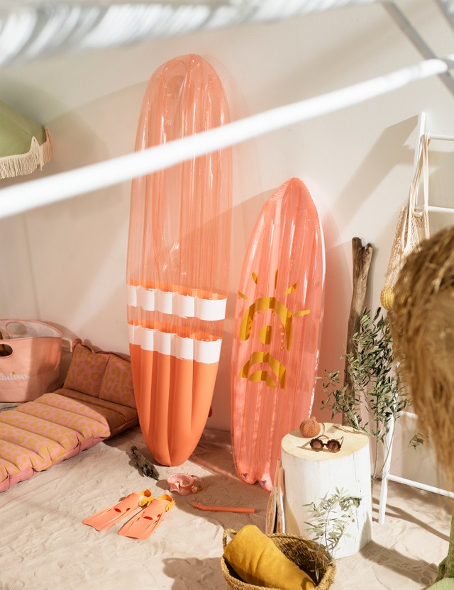 Sunnylife Surfboard Float Away Lie On – Peachy Pink Orange Life