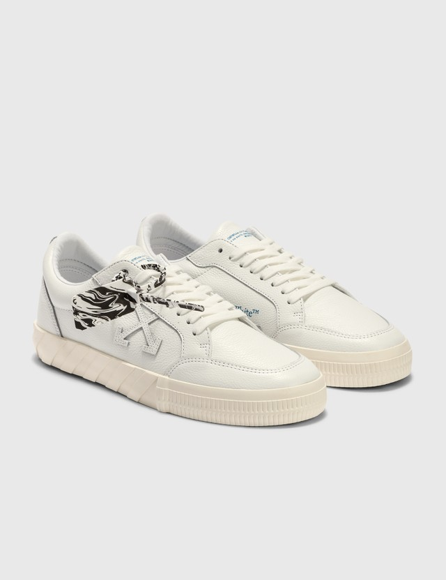 Off-White Low Vulcanized Sneakers