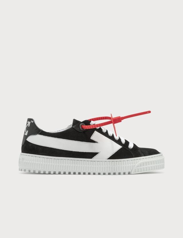 Off-White Low 3.0 Sneaker