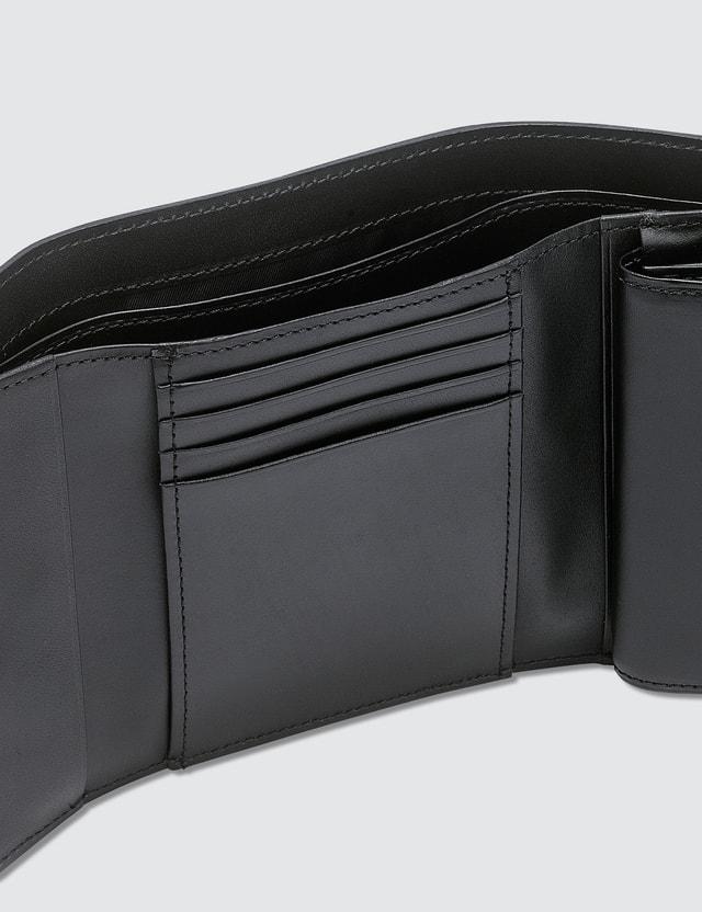Undercover Wallet