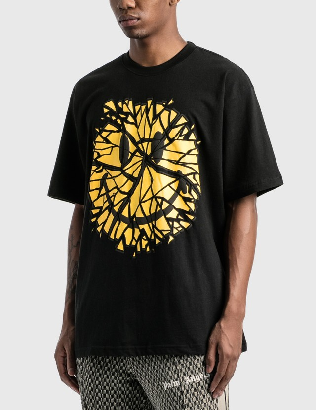 Chinatown Market Smiley Glass T-Shirt