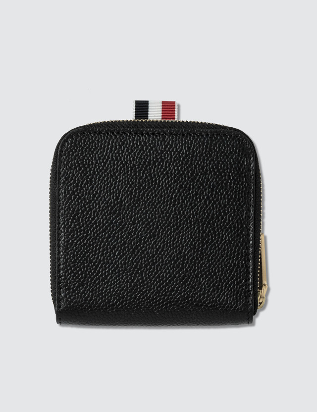 Thom Browne Short Zip Around Card Holder In Pebble Grain