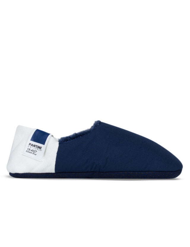 PANTONE UNIVERSE Chillout Home Slippers