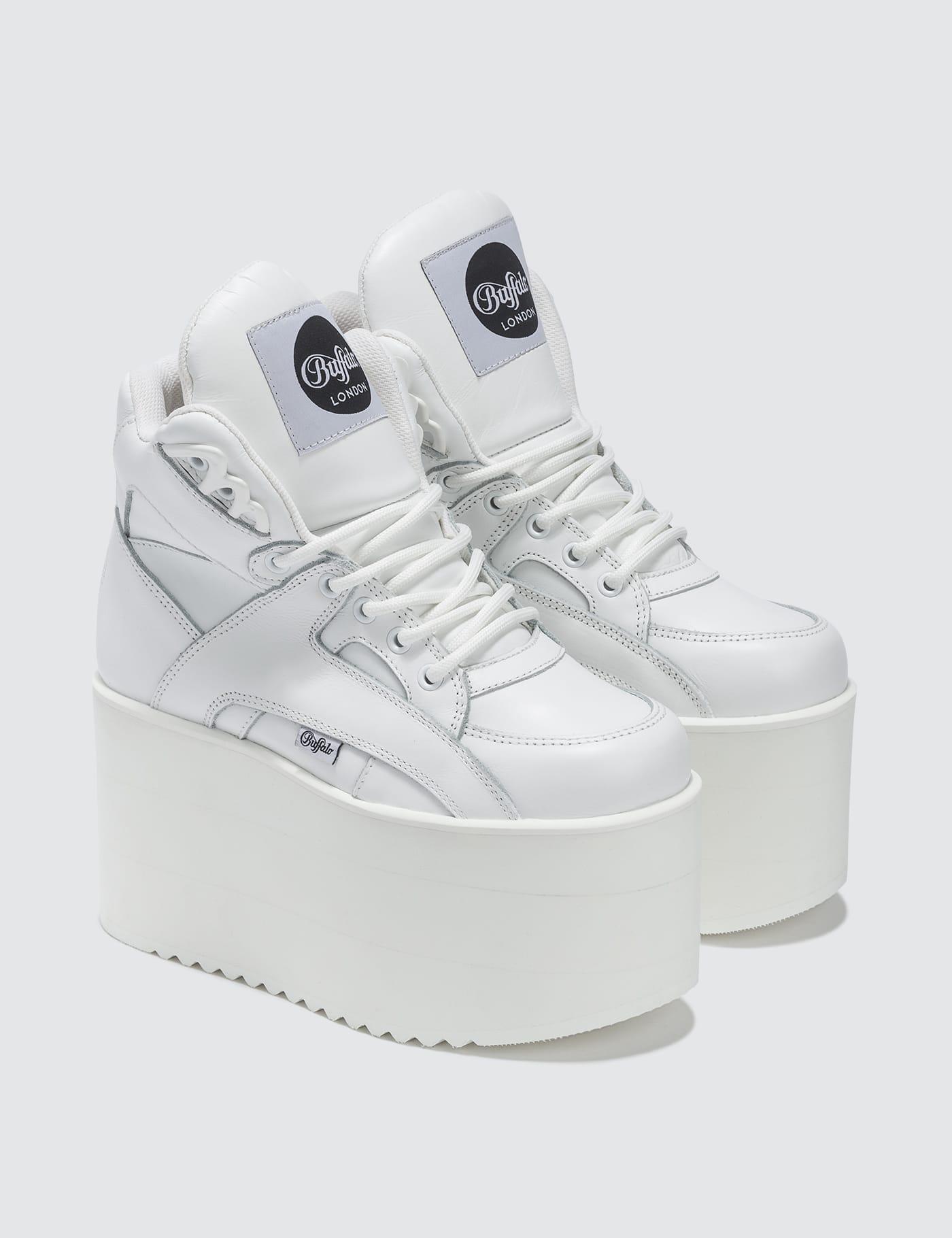 buffalo sneakers greece