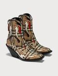 Burberry Topstitch Appliqué Vintage Check E-canvas Boots Picture