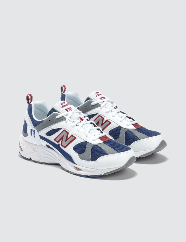 best website e7466 9613a 878 Sneaker
