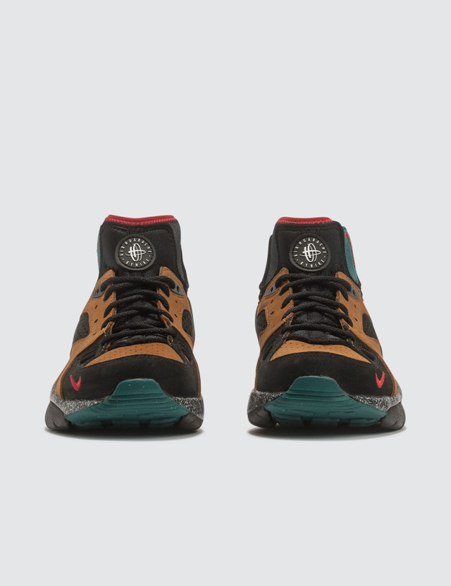Nike Nike x Olivia Kim Nike Air Mowabb NXN