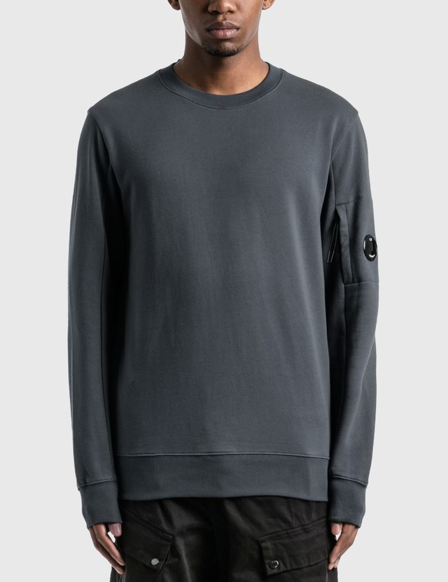 CP Company Diagonal Raised Fleece Lens Crew Sweat Ombre Blue Men