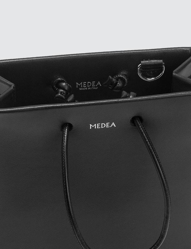 Medea Medea Short