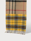 Burberry Contrast Check Cashmere Merino Wool Jacquard Scarf 사진
