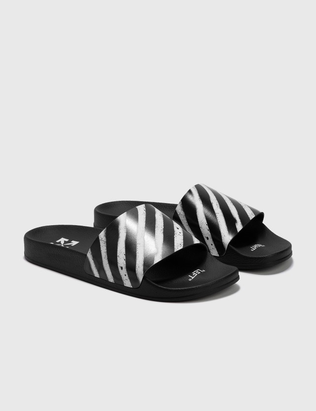 Off-White Spray Diagonal Stripes Slider