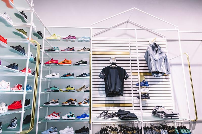 Shop Women's Sneakers in Germany