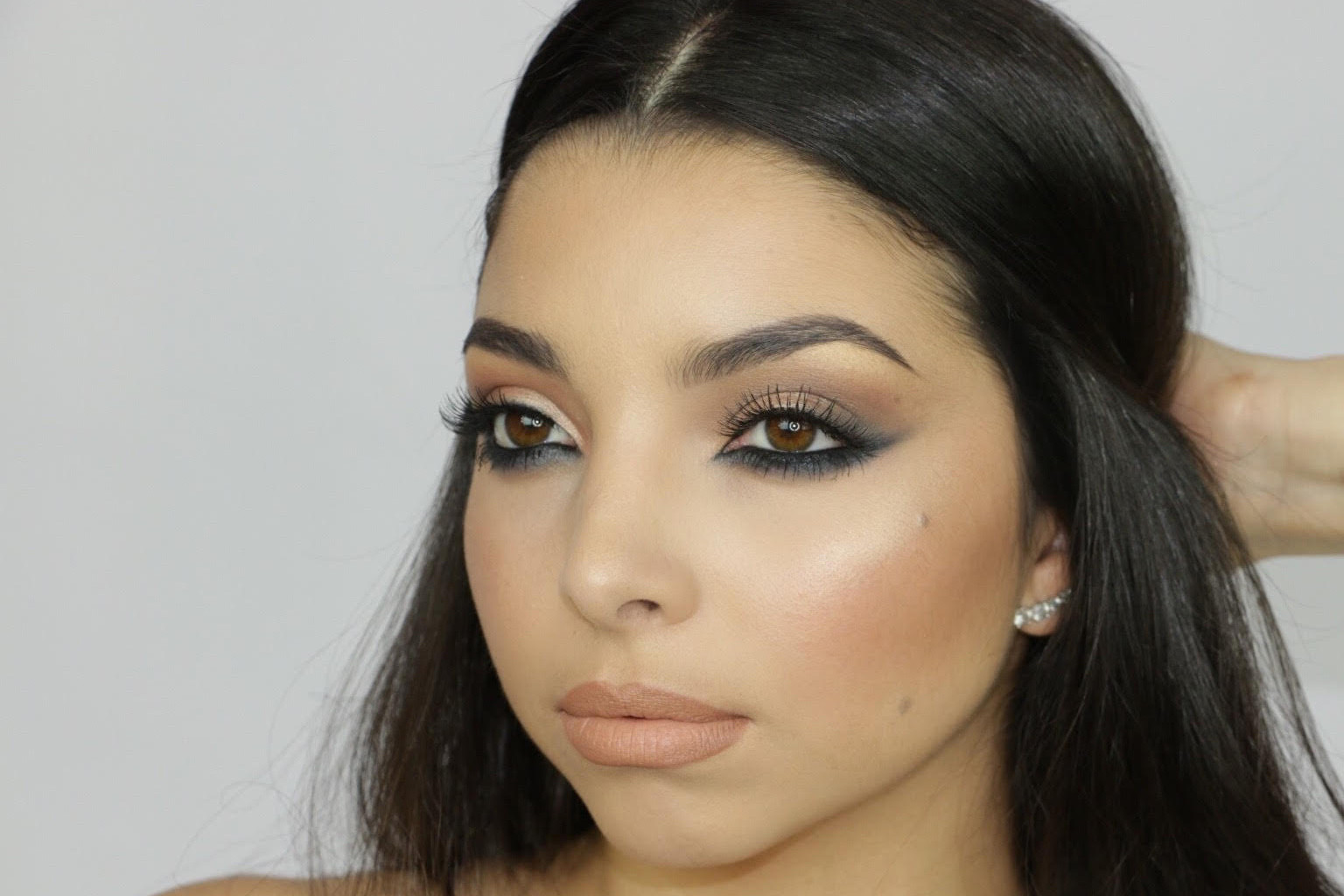 Pro Makeup Artist In Your City