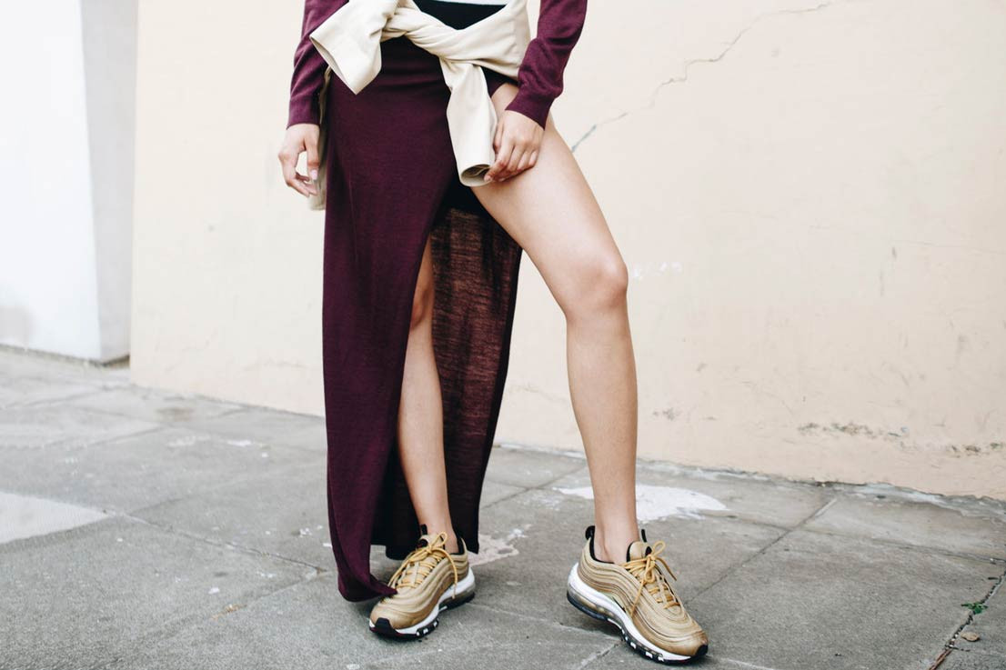 5 Best Ways to Wear Sneakers to Work or