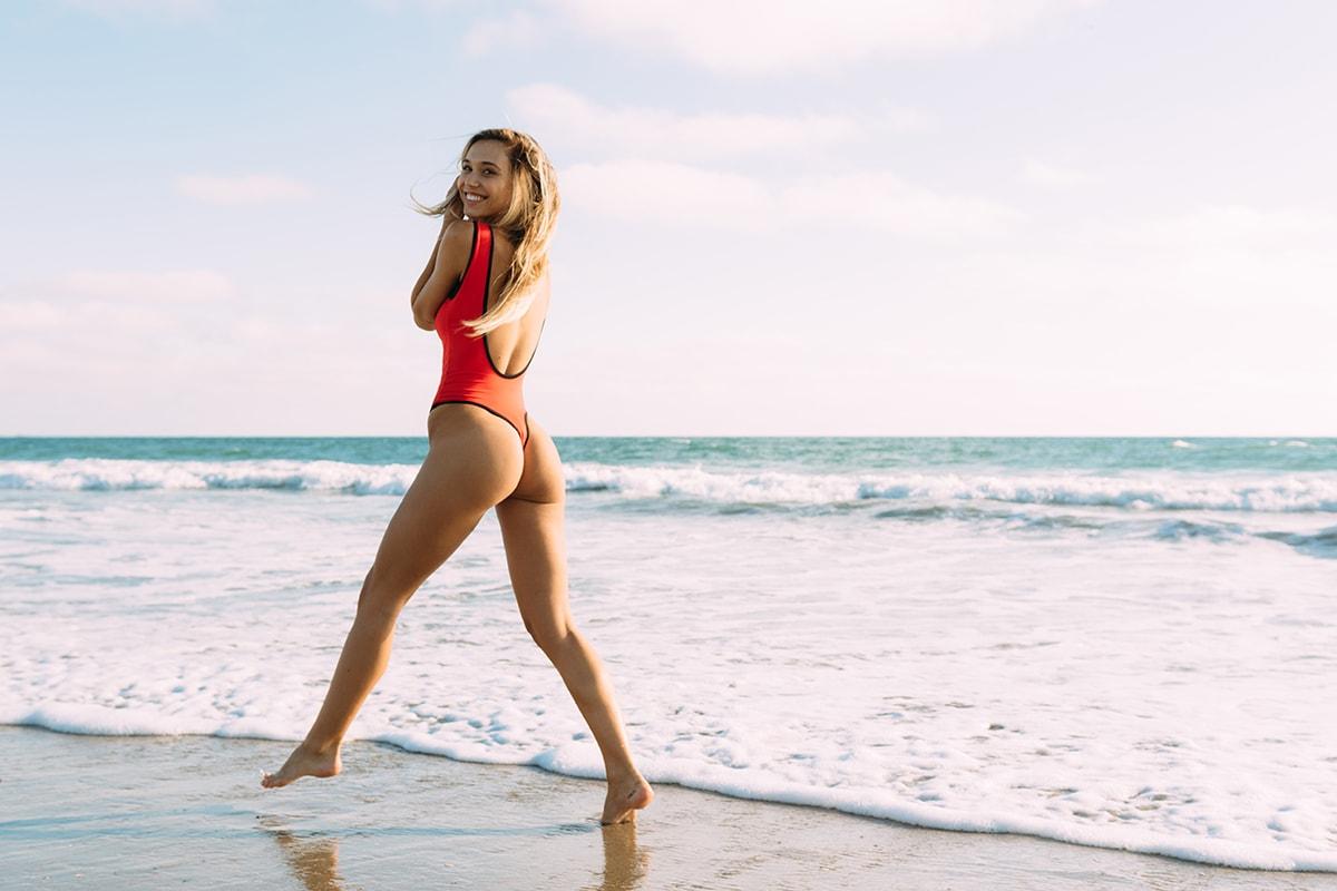 Alexis Ren REN Active Activewear Sportswear Athleisure Brand Instagram Model Interview Video Los Angeles Yoga Swimming Beach Skateboarding Workout