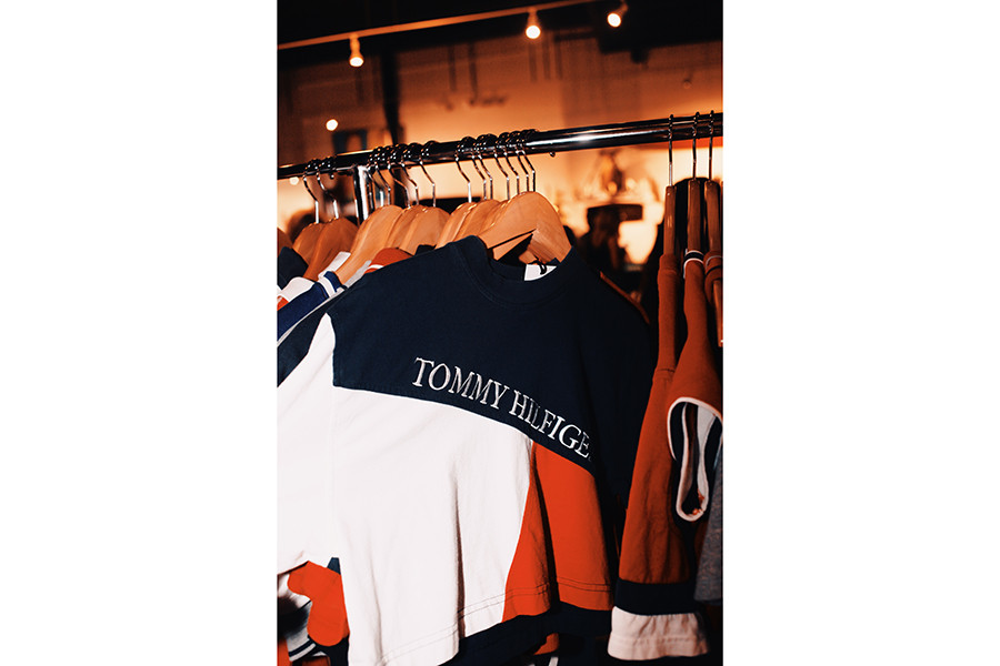 Frankie Collective Tommy Hilfiger Los Angeles Pop Up Vintage Auction Kris Jenner Sara Gourlay Kamaiyah Deanna Paley