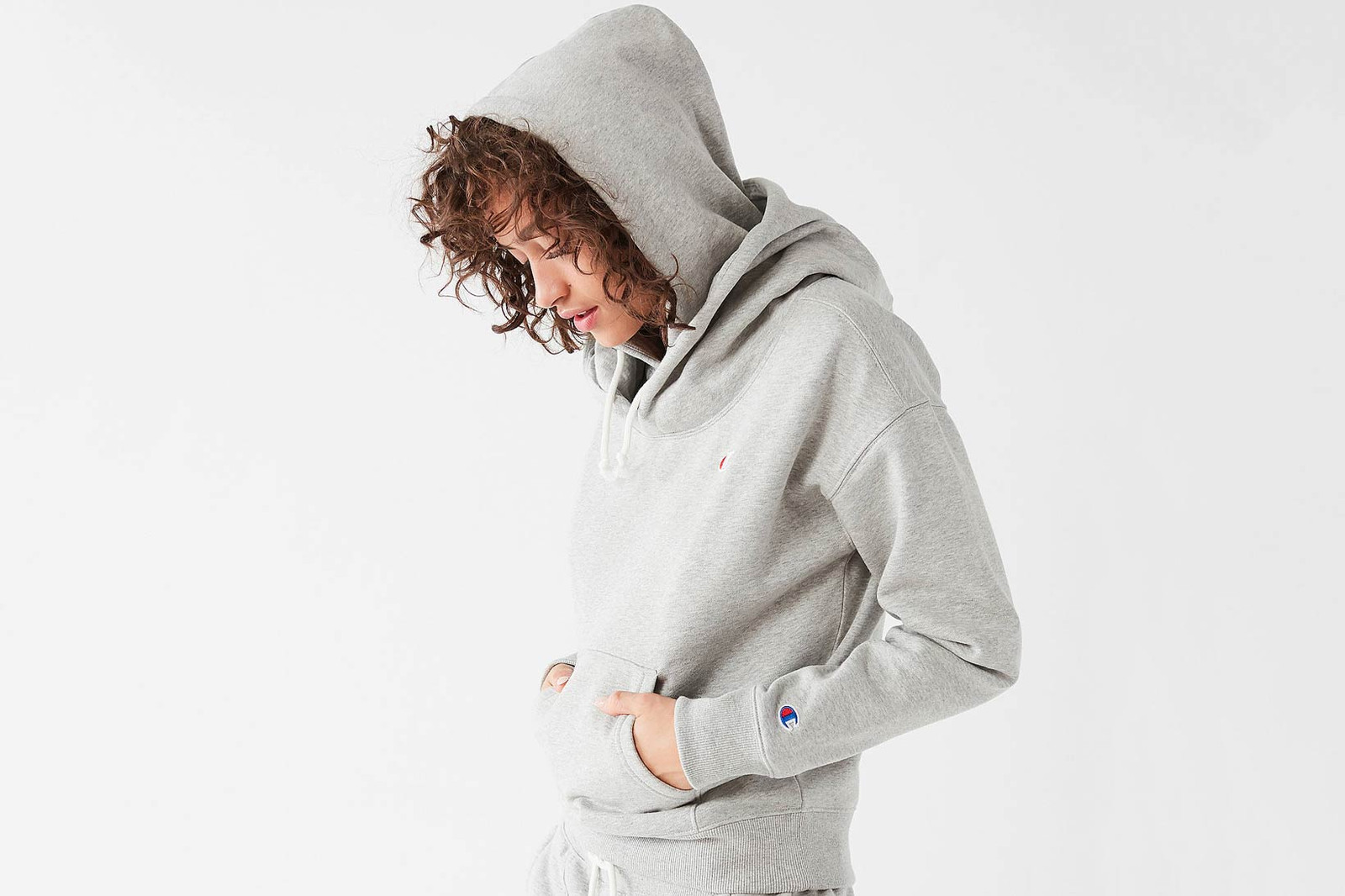 Champion Hoodie Sweater Joggers Sneaker Socks Tshirt