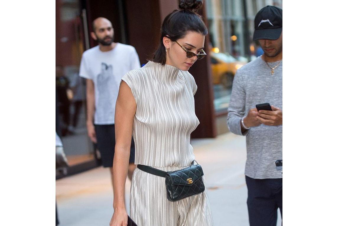 Chanel Vintage Belt Bag Fanny Pack Kendall Jenner Bella Hadid Ariana Grande  Kourtney Kardashian Celebrity Street 124f7f9c8f443