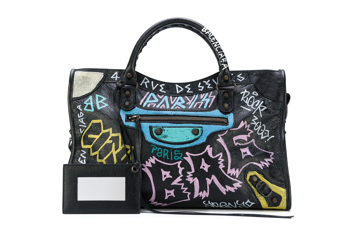 2de70798520470 What to Shop at Farfetch Designer Handbag Sale | HYPEBAE
