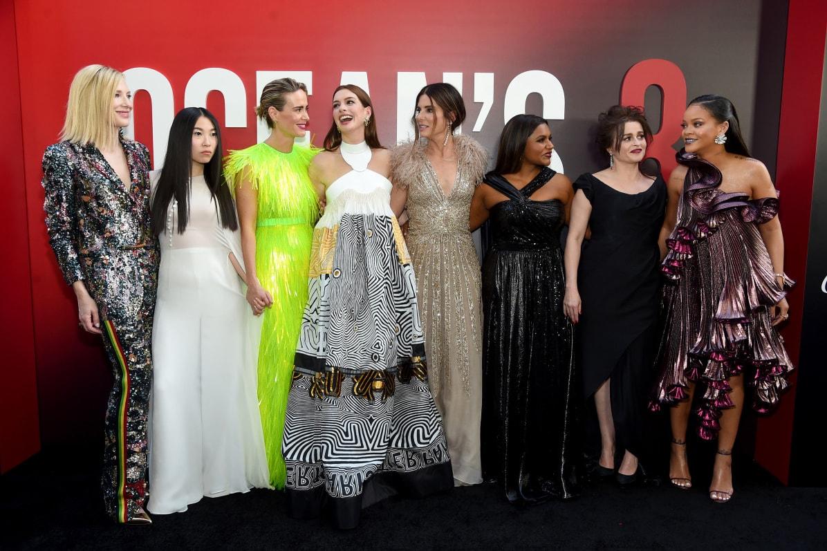 Ocean's 8 Movie Poster Sandra Bullock Cate Blanchett Rihanna Anne Hathaway Mindy Kaling Awkwafina helena bonham carter Sarah Paulson Female Cast