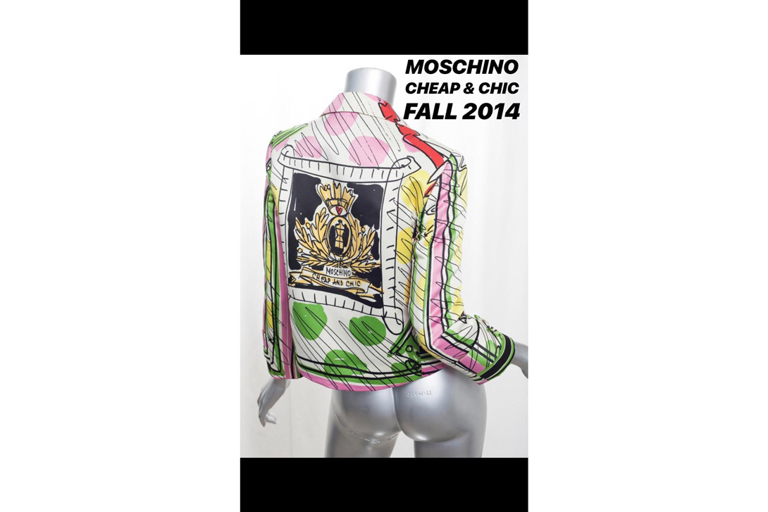 Moschino Spring Summer 2019 Show Milan Fashion Week Scribble Hat Dress White Pink